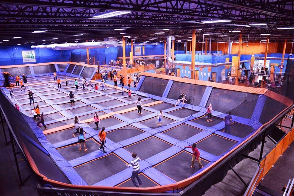 ¿Qué hacer en Querétaro con niños-Sky Zone