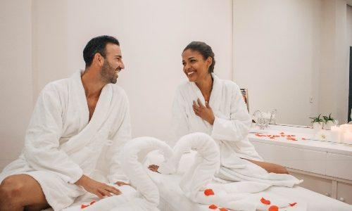 Masajes para parejas deportistas, el mejor de los regalos para aniversario de bodas de amigos