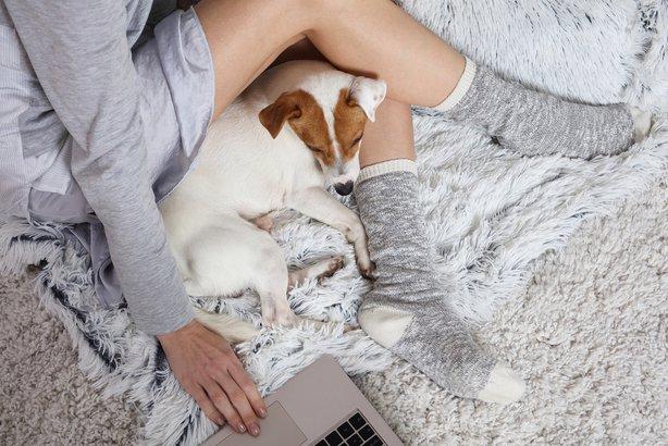 Cómo relajarse en casa-ropa comoda