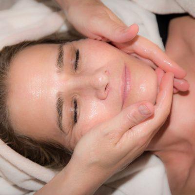 5 beneficios que ofrece un facial profundo