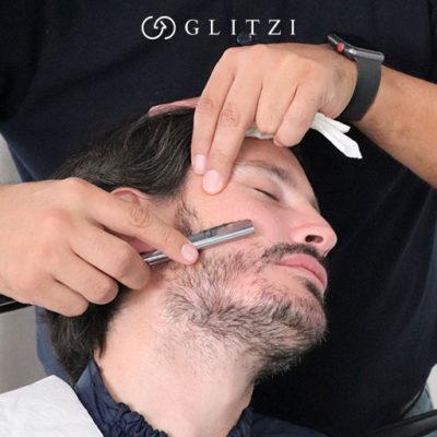 Crecimiento de barba: Una barba sana crece en una piel sana