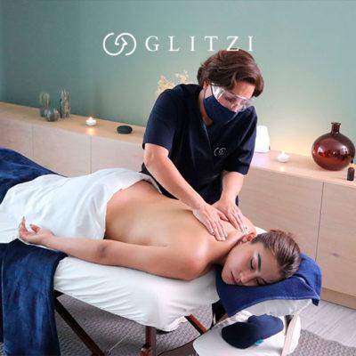 Cómo alivia un masaje relajante cuello y espalda