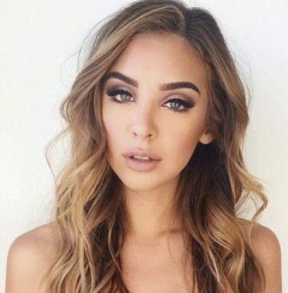 maquillaje image